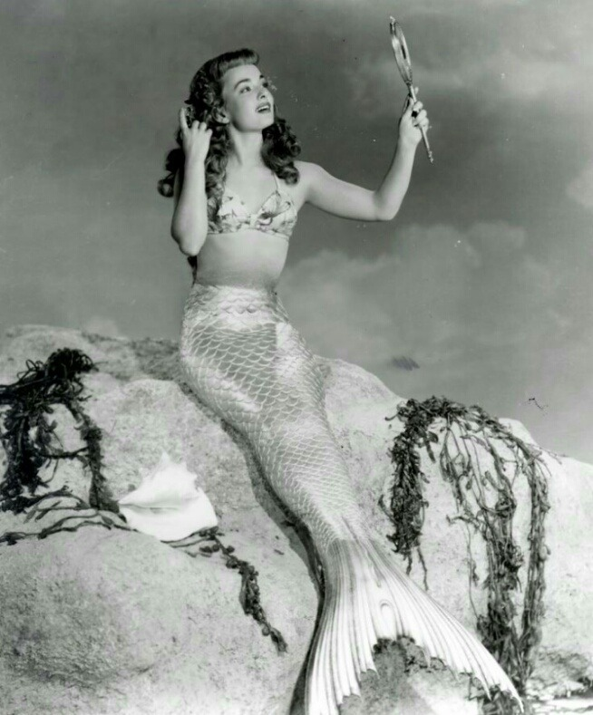 Cena do filme Mr. Peabody and the Mermaid (1948)